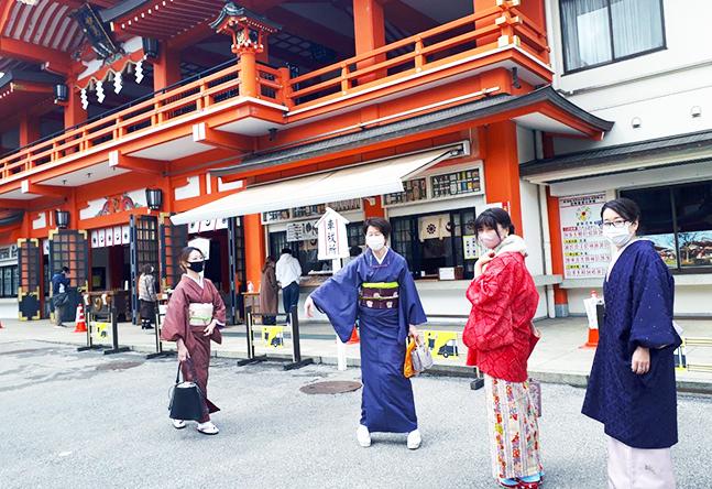 強力なパワースポットのある千葉神社近くにある教室です。プチお出かけは千葉神社でパワーアップ!!