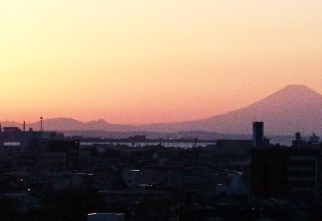 ビル7階にあるので、富士山がとても綺麗です!