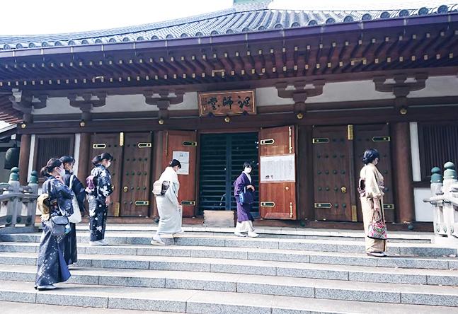 近くには葛飾八幡宮や真間山弘法寺など、おきものでのおでかけに、もってこいのスポットもたくさん。皆さん楽しくおでかけしています。