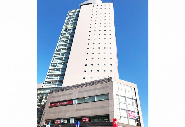 横浜市郊外としては最大の上大岡駅から直結のオフィスタワーにある教室です。